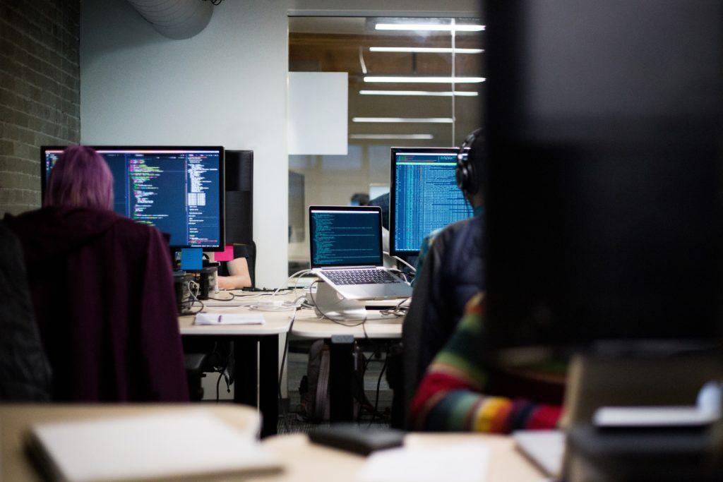 """Die """"klassische"""" IT ist mittlerweile vor allem digital und vielfältig und viel mehr als Hardware und Software Support."""