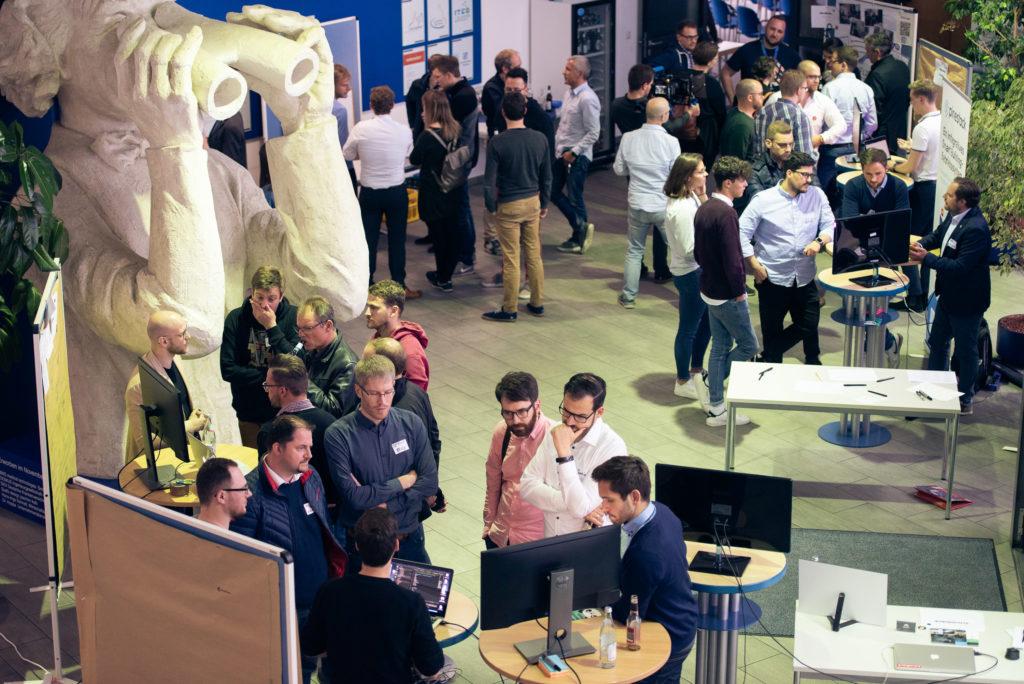 Wir freuten uns, dass über 60 Gäste und Teilnehmer den Weg ins IGZ Bamberg fanden, um die fünfte Future & Beer mitzugestalten.
