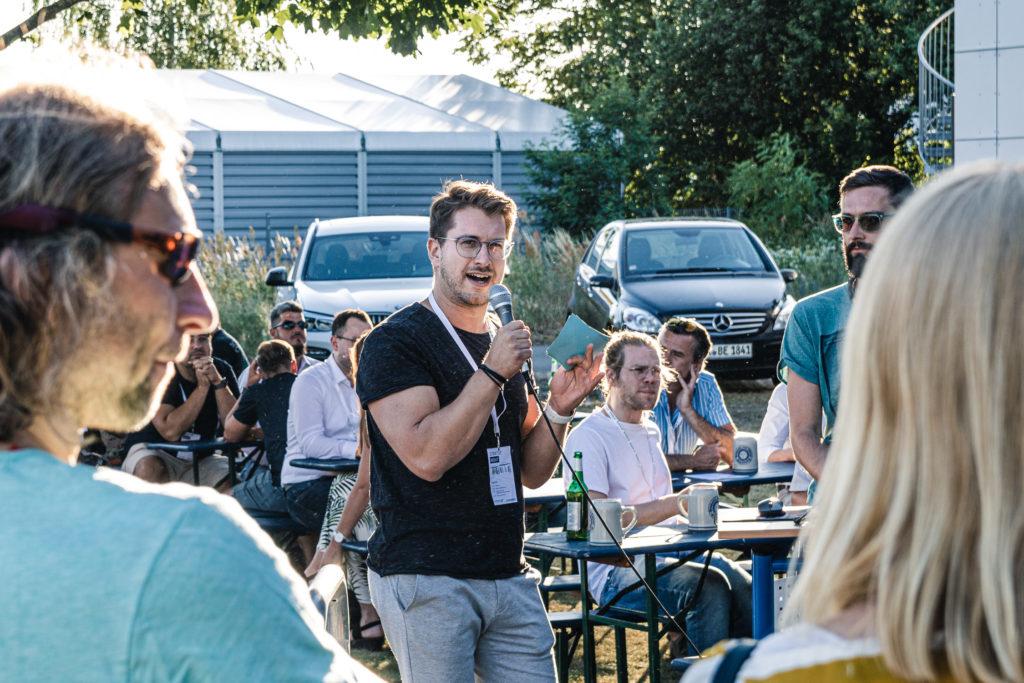Eröffnung der Startup Night durch Christian Schieber