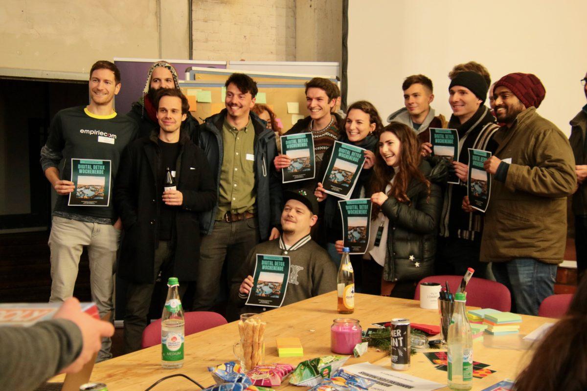 """Hackathon Gewinner war am Ende das Team """"Gaia - Tinder dir dein Ehrenamt""""."""