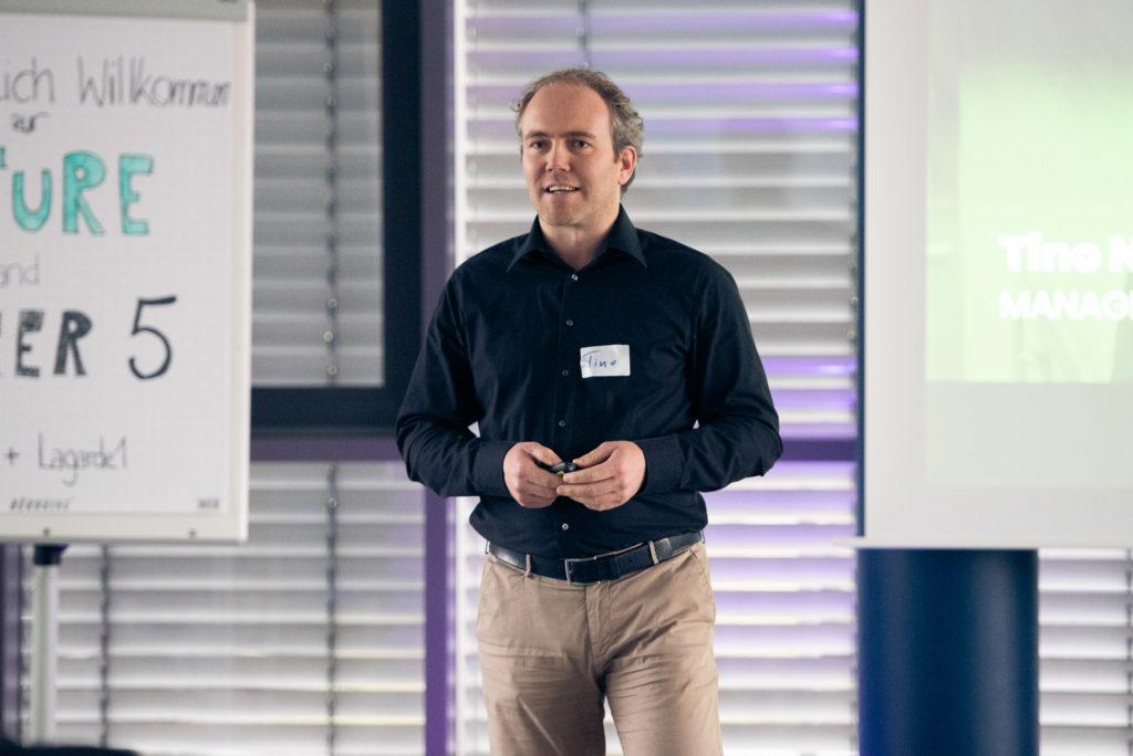 Tino Niggemeier bei seiner keynote auf der Future & Beer V